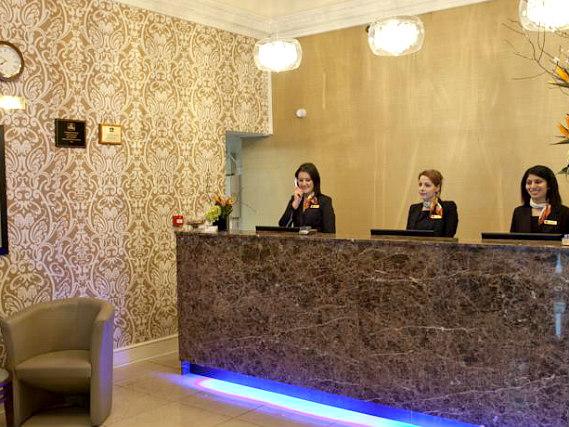 Paddington court hotel paddington central london for 27 devonshire terrace paddington london w2 3dp england