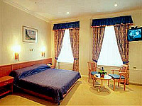 A room at Abcone Hotel London